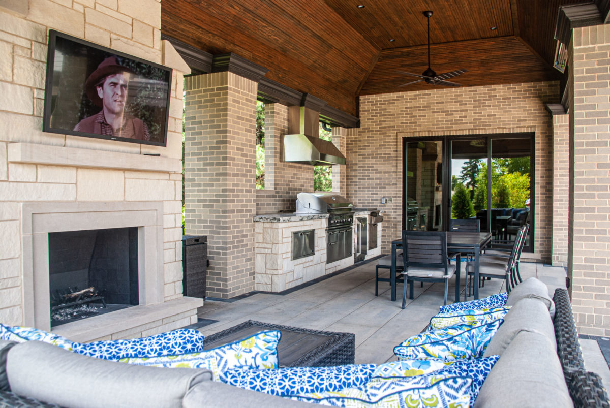 Michael Buss Architects Luxury Lemont New Construction outdoor living room