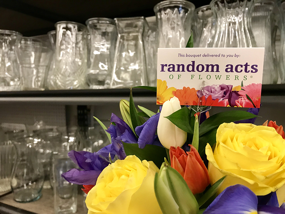 Michael Buss Architects Vase Drive Random Acts of FLowers Chicago