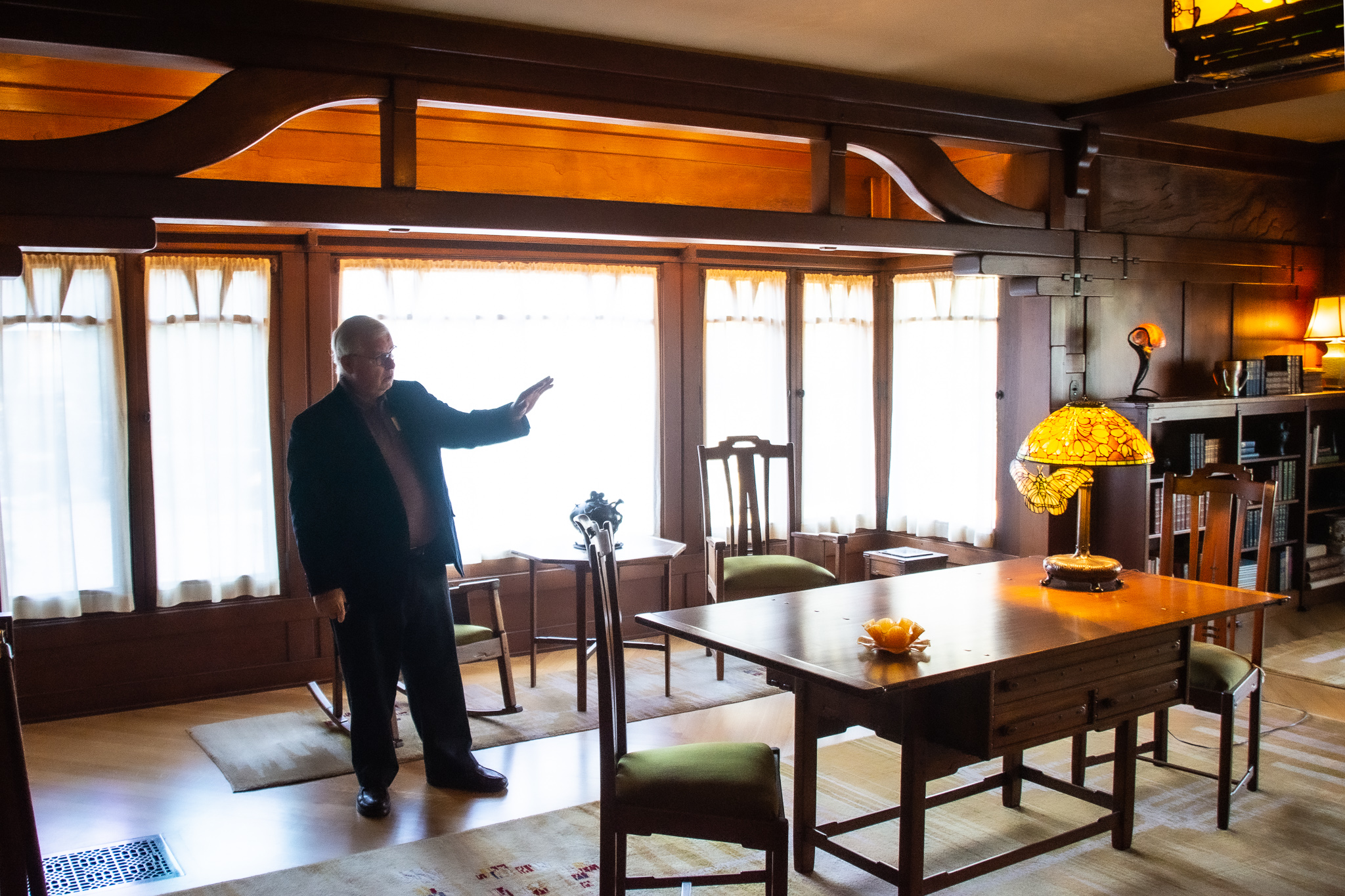 michael buss architect gamble house pasedina ca Tiffany Lamp