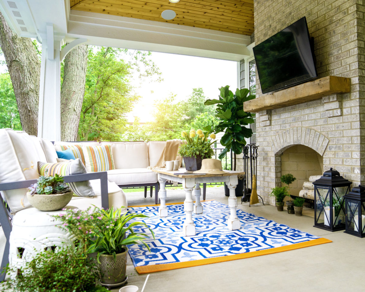 Michael Buss Architects naperville. OutdoorLiving